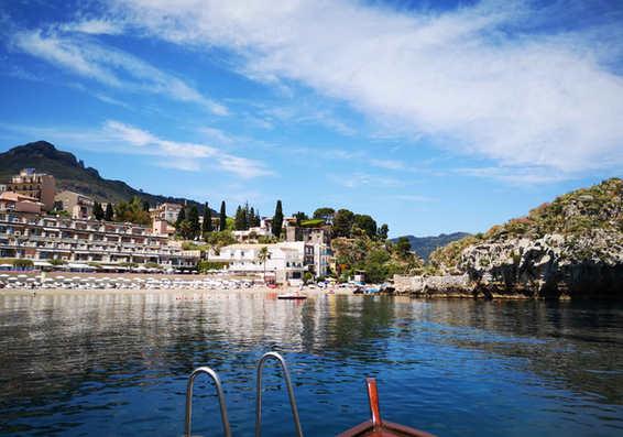 morning tour boat mazzarò.jpg