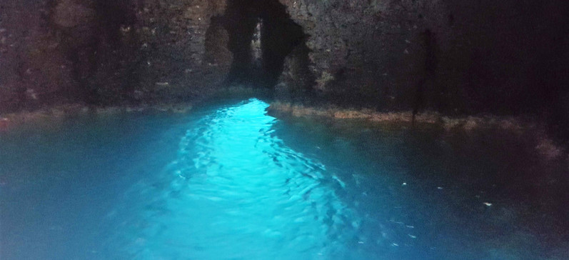 grotta compre 3.jpg