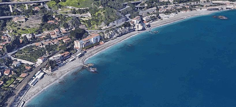 taormina_spiaggia_spisone.jpg