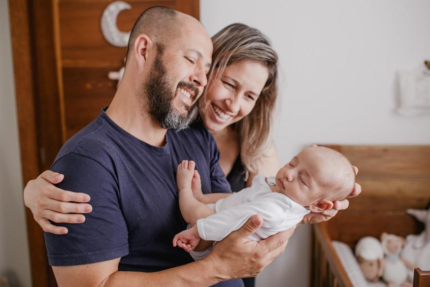 Ensaio recém-nascido em casa