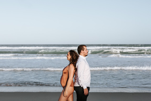 Ensaio gestante lifestyle na praia