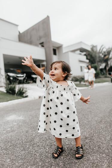 Acompanhamento do bebê - Sessão fotográfica lifestyle em família - Babuska Fotografia