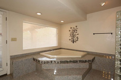 3rd Guest Bedroom-Ensuite-Jetted Tub