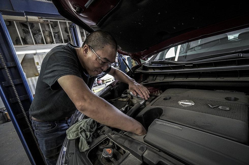 auto-repair-3691963_1280.jpg