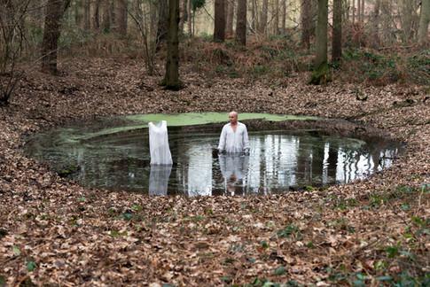 ARTHY Mad série SOLO - la solitude, grâce ou malédiction - réflexion sur la notion de solitude - et si la solitude était une conquête
