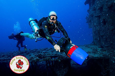 Aloha SCUBA Diving Company PADI 5 Star IDC, Boat Charters, and Dive Courses