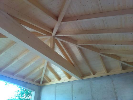 Garage Dachstuhl