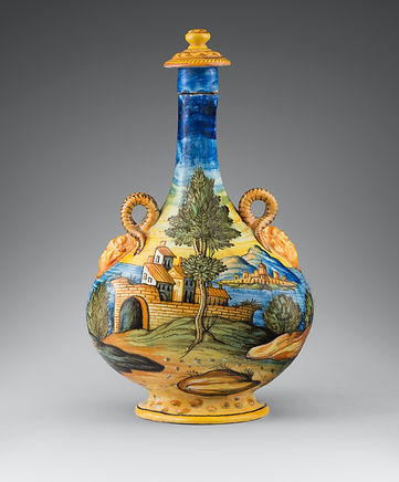 PILGRIM FLASK PAINTED WITH MYTHOLOGICAL SCENES Tin-glazed earthenware, copperta Circa 1580-1600 H. 37 cm Provenance English private collection)