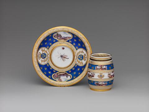Fine European porcelain pots, Meissen