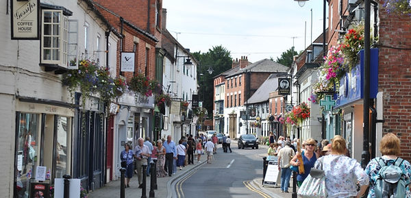 hustle andbustle in th streets of Southwell