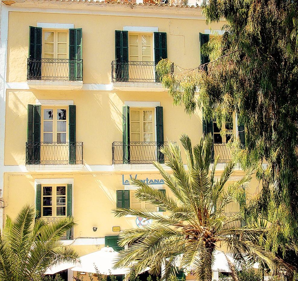 Hotel La Ventana - Entrada