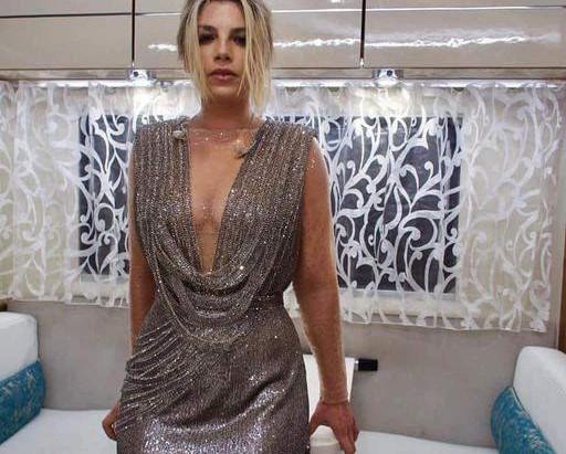 05 03 2021 Sanremo Emma e Alessandra