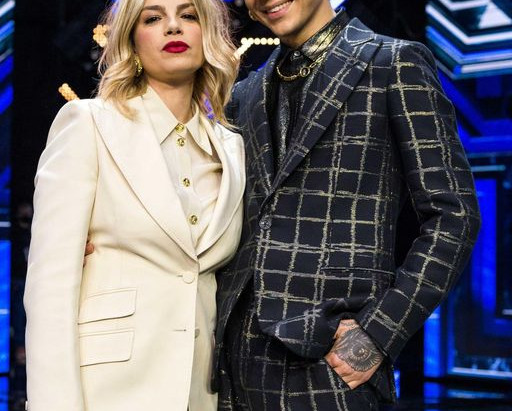 """Emma e Blind duetto al fina di """"X Factor"""" 10 12 2020"""
