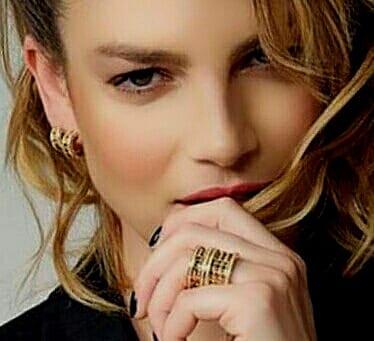 "22 08 2020 Nuovo singolo : ""Latina"""