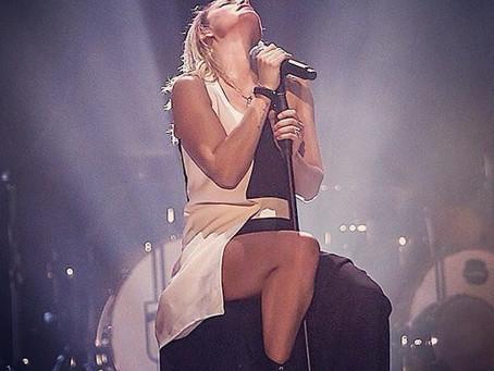 Emma sul palco
