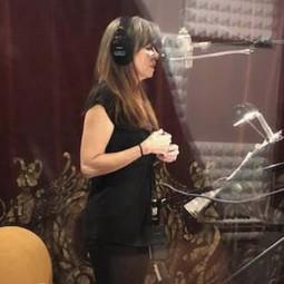 linda on vocals.jpg