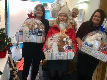 ToyHampers.ie Make Christmas magical for the kids!