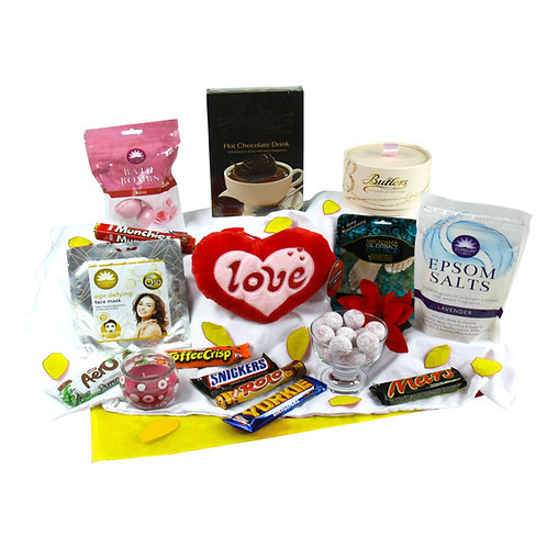 Mothers day Pamper & Treat Hamper
