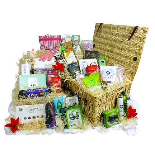 Ultimate Pamper Wicker Basket