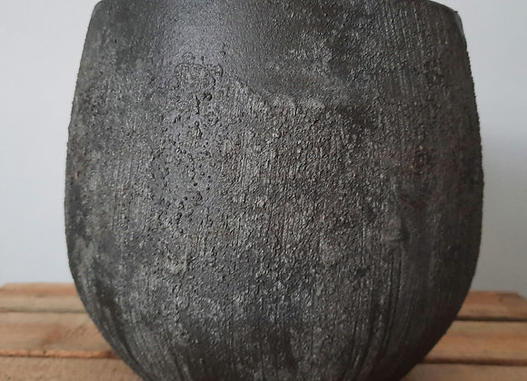 Black textured pot