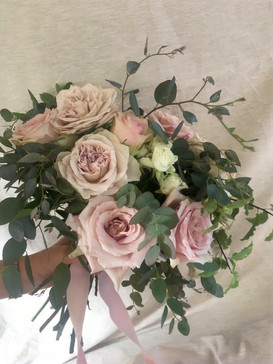 Soft blush natural style bridal bouquqet