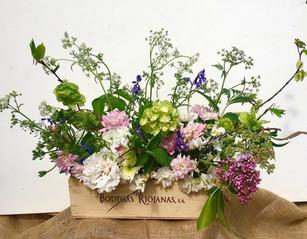 Meadow style arrangement