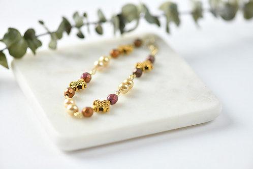 Pearl Golden Cross bracelet