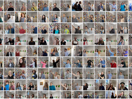 #wallofttemptation the Human Wall is complete !