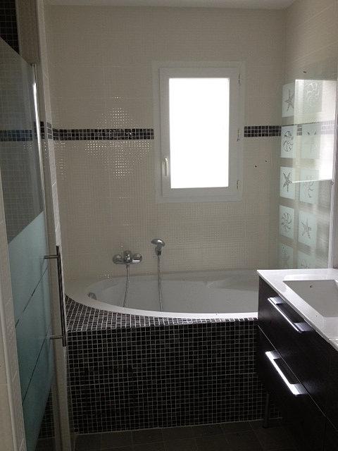 les carreleurs lyonnais artisan carreleur lyon fontaines sur saone baignoire d 39 angle. Black Bedroom Furniture Sets. Home Design Ideas