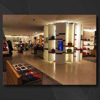 Longchamp DIY Handbag Booth