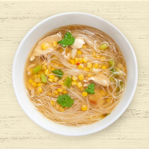 Sopa de verduras con noodles de arroz