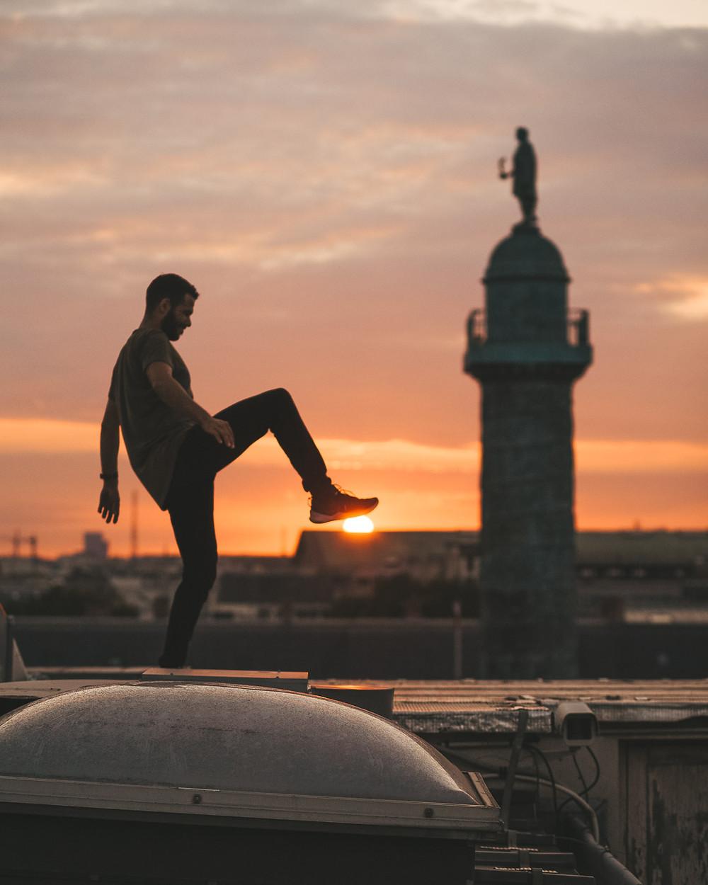 Coucher de soleil sur les toits 2