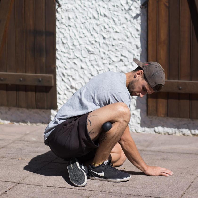 Ecrasement et écartement extérieur du genou avec balle 3