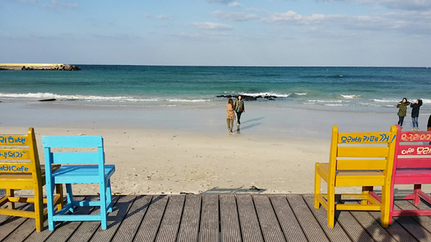 해변의 의자