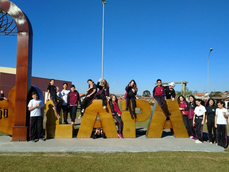Alunos do Colégio Sant'Ana visitam a cidade da Lapa