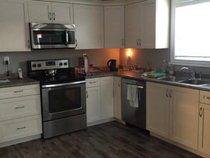 APT 7 kitchen 2.jpg