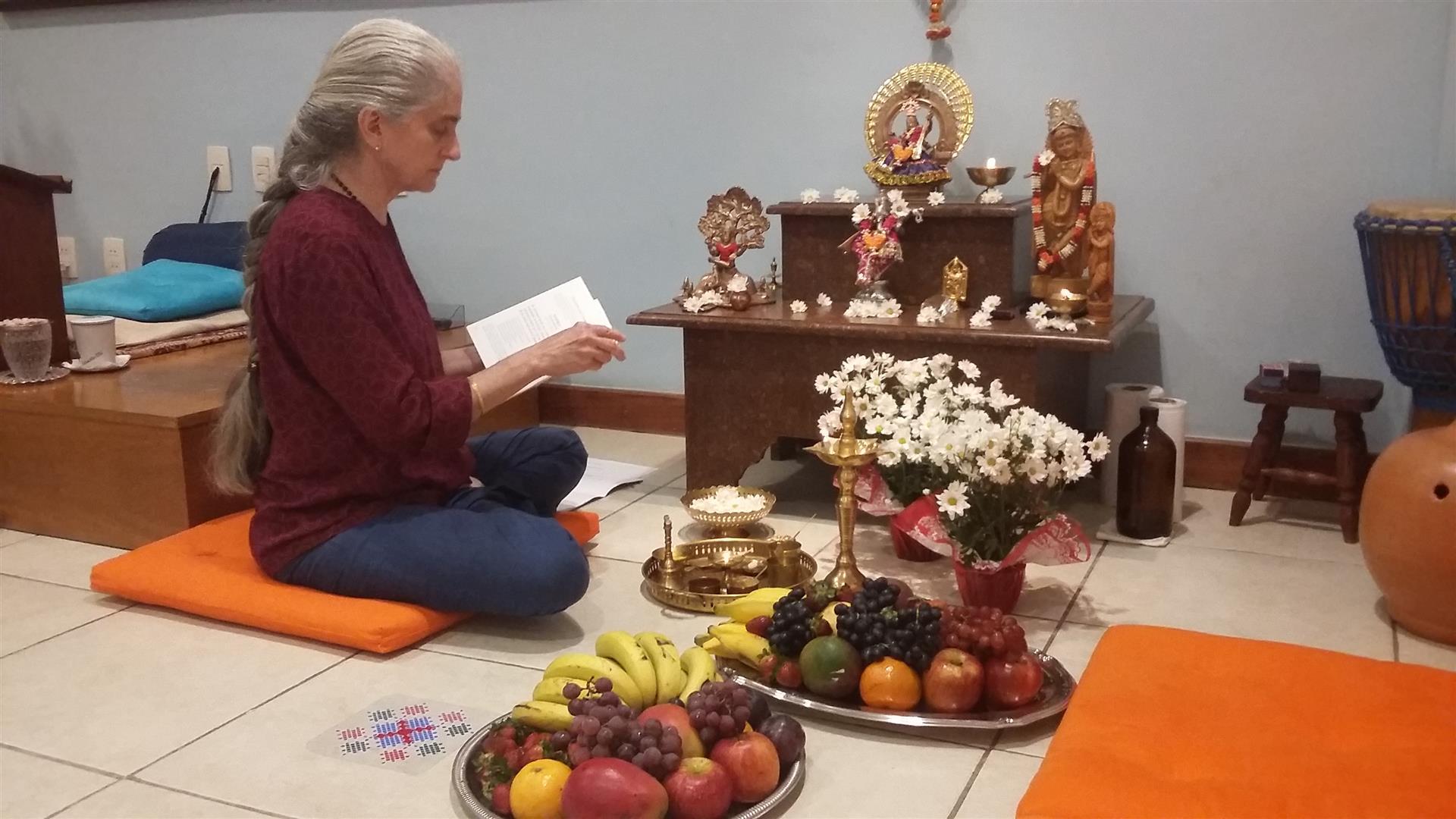 Puja-Satsanga-Gloria Arieira 5.09.18