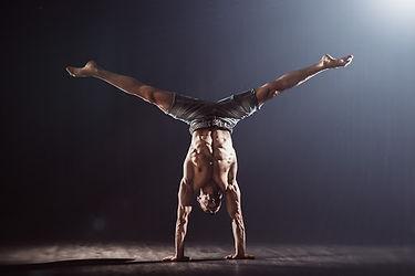 handstand2.jpg