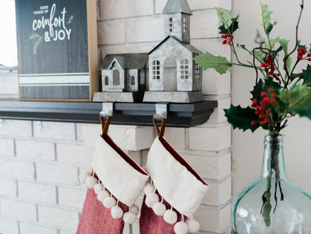 Christmas Mantle Styling Tips