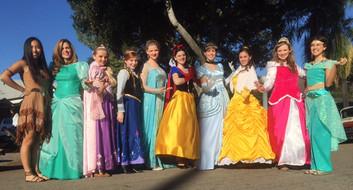 Princesses Glendora parade 2014.jpg