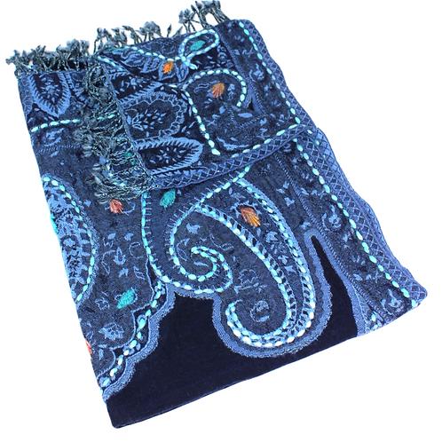 Wollschal nachtblau