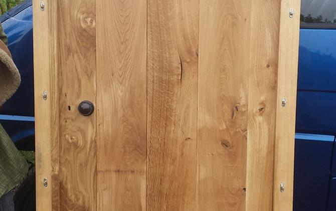 Single door, various designs possible