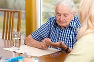 iStock-177587067_MedicationReminders.jpg