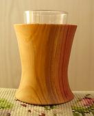 Vase tourné en séquoiaH 10cm38frs.jpg