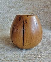Vase  tourné en chêneo 12cm62frs.jpg
