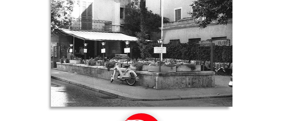 Lugano via degli Albrizzi - dettaglio gelateria 1960