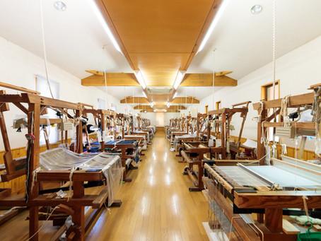 大島紬、夏大島、薩摩絣の織子さんを募集しています。