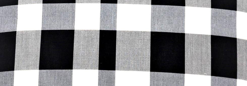 黒と白の無作為な横段1.jpg