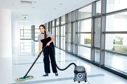 Mantenimiento y pulido de pisos