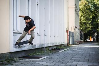 Stefano Amadio_ Backward Nosegrind